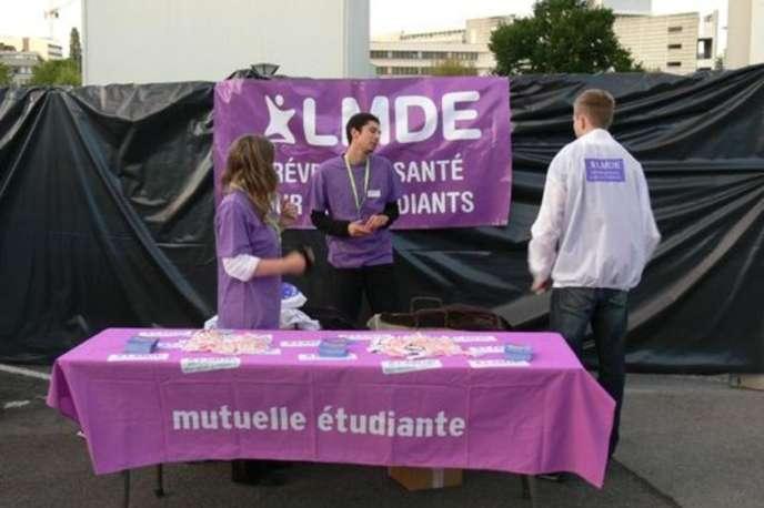 Stand de La Mutuelle des étudiants, en septembre 2006.