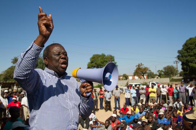L'opposant zimbabwéen Morgan Tsvangirai, le 17 mai 2015, à Bulawayo .