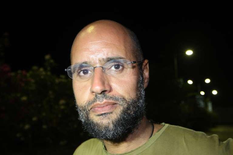 Saïf Al-Islam Kadhafi, le 23 août 2011, lors de la chute de Tripoli aux mains des troupes rebelles.
