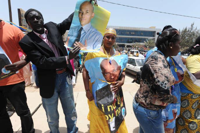 Des partisans de Karim Wade en avril 2014, à Dakar.