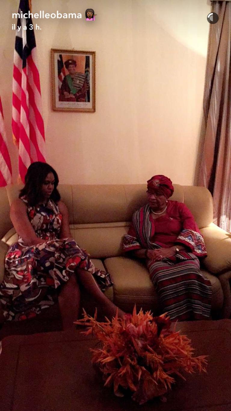 Michelle Obama rencontre la présidente du Liberia, Ellen Johnson Sirleaf, à Monrovia, le 27 juin 2016