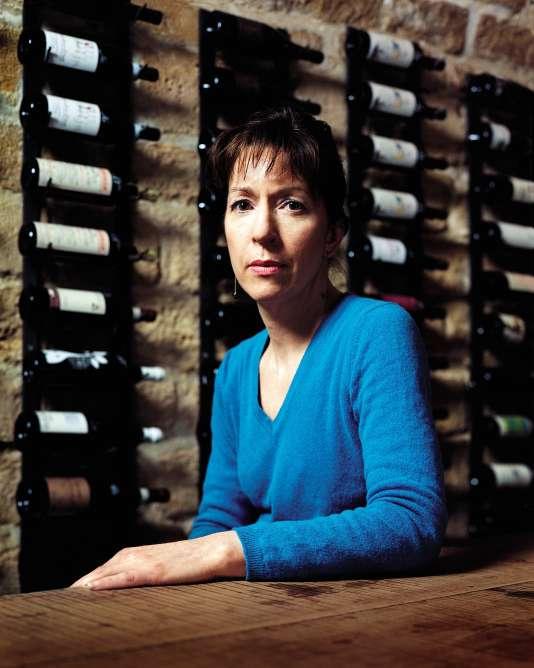 Alessandra Pierini dans la cave de son épicerie-cave à vins, RAP (rue Fléchier, Paris 9e), le 1er juin 2016.