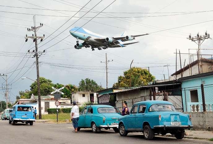 L'arrivée à La Havane du président américain Barack Obama, le 20 mars 2016, immortalisé par Yander Zamora.