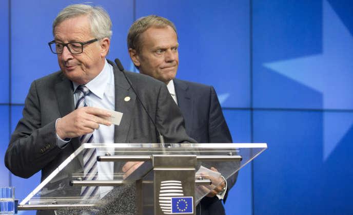Le président de la Commission européenne, Jean-Claude Juncker (à gauche) et le président du Conseil, Donald Tusk, à Bruxelles, le 29 juin 2016.