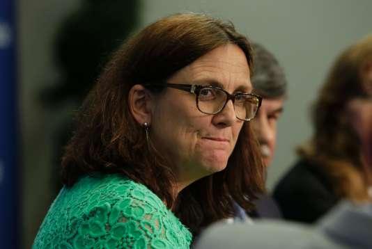 La commissaire européenneau commerce, Cecilia Malmström, devrait finalement choisir que l'accord UE-Canada passe par la ratification des Parlements nationaux