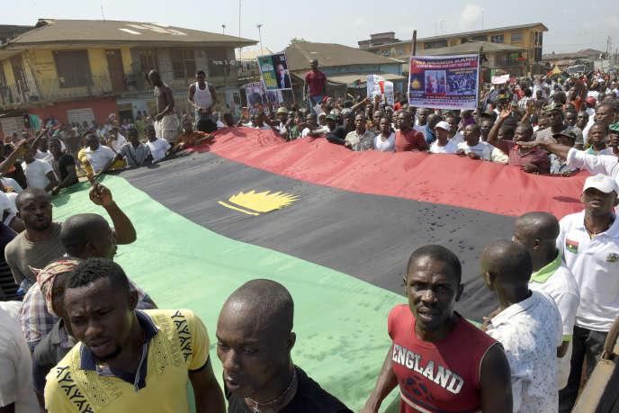 Le drapeau du Biafra lors d'une manifestation à Aba, dans le sud-estdu Nigeria, le 18 novembre 2015.