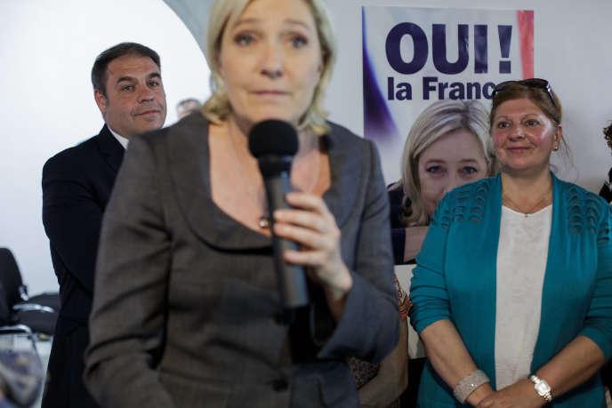 Marine Le Pen, pendant l'inauguration de la permanence FN des Hauts-de-Seine, le 29 juin.