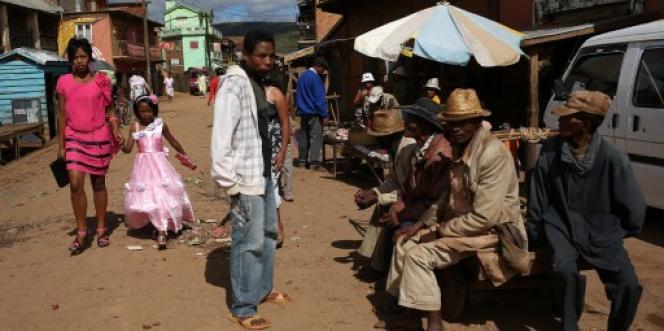 Le marché d'Ambohibary, à 150 kilomètres au sud d'Antananarivo, en décembre 2013.