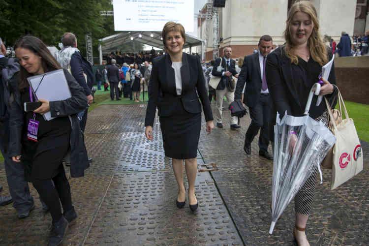 Nicola Sturgeon, première ministre écossaise, était également présente lors de la cérémonie.