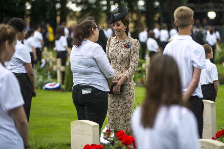 Kate Middleton devant le mémorial deThiepval, vendredi 1er juillet.