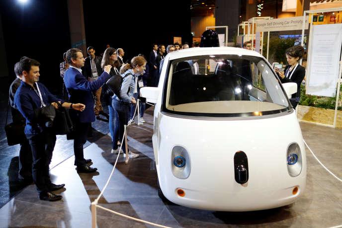 La Google Car présentée au Salon Viva technology, à Paris, vendredi 1er juillet.