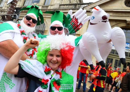 Les supporteurs gallois à Lille, le 1er juillet.
