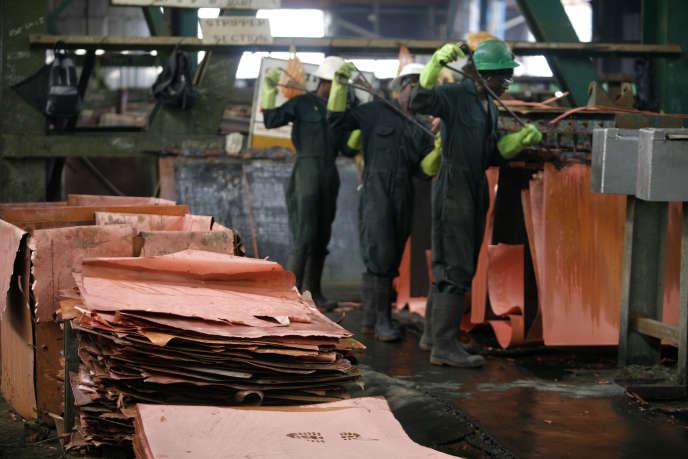 Dans l'usine de cuivre de Mufulira (Zambie), en 2008.