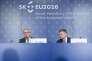 Le premier ministre slovaque, Robert Fico (à droite) et le président de la commission européenne, Jean-Claude Juncker à gauche, le 1er juillet.
