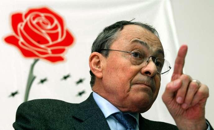 Michel Rocard, le 7 mai 2004.
