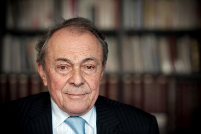 Michel Rocard, le 7 janvier 2010 à Paris.