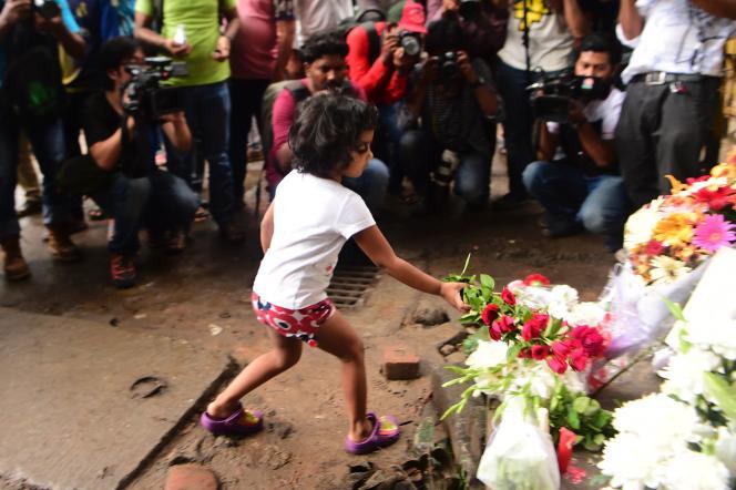 Hommage à Dacca après l'attentat