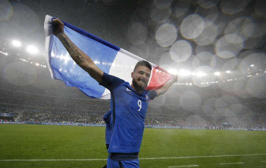 Le Français Olivier Giroud, le 3 juillet après la victoire contre l'Islande (5-2).