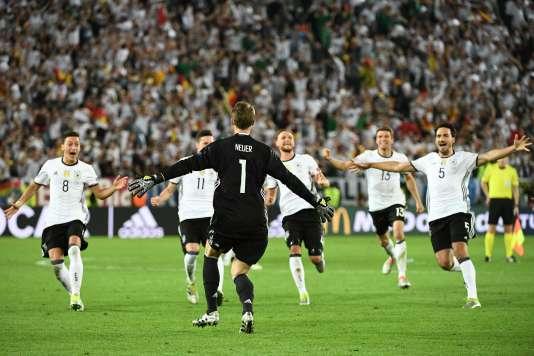 La joie des Allemands après leur qualification face à l'Italie.