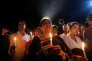 Veillée aux chandelles à la mémoire des victimes de l'attentat de Dacca, le 3 juillet, dans la capitale.