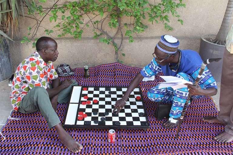 Sur le tournage de la série « C'est la vie», à Dakar.