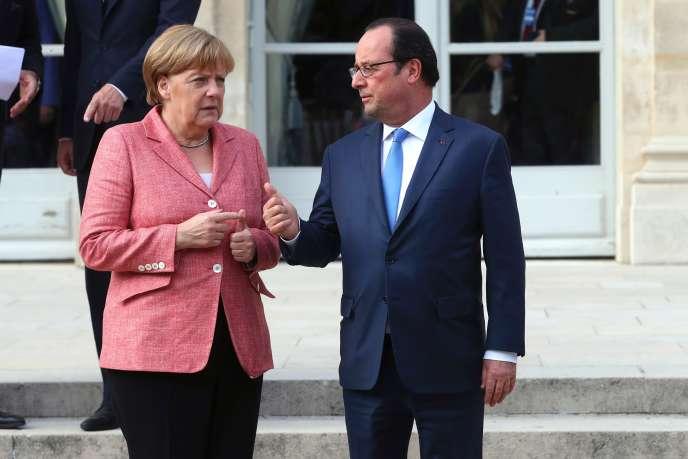 François Hollande et Angela Merkel le 4 juillet 2016 au palais de l'Elysée