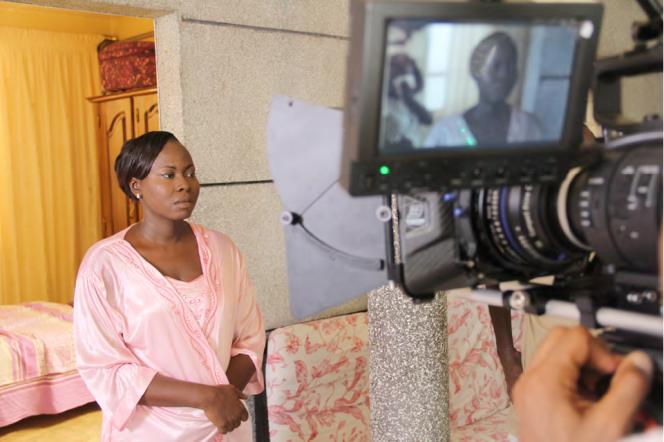 Tournage à Dakar de la série «C'est la vie», qui aborde les questions d'accès à la santé, tout en mettant en scène un quartier typique : Ratanga.