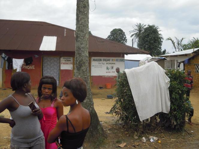 Scène de rue, à Shabunda, à l'est du Congo,ville ayant été le théâtre d'une ruée vers l'or dès 2013.