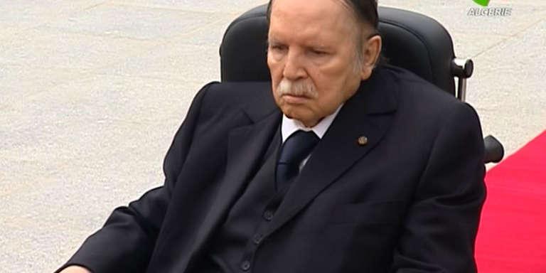 Le President Abdelaziz Bouteflika lors de la cérémonie d'hommage aux combattants de l'indépendance au cimetièreEl-Alia d'Alger le 5 juillet 2016.