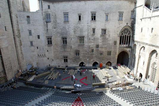 La cour d'honneur du palais des Papes, scène principale du festival« in».
