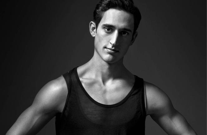 Le danseur et chorégraphe américain Justin Peckest à l'affiche du Théâtre du Chatelet et du Palais Garnier à Paris.