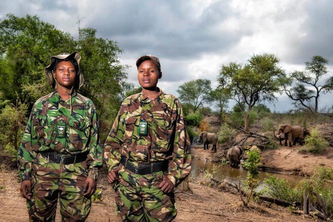 Les rangers Black Mambas Nkateko Mzimba etCute Mhlongo.