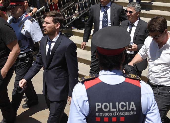 Lionel Messi, à son arrivée au Tribunal de Barcelone, le 2 juin.