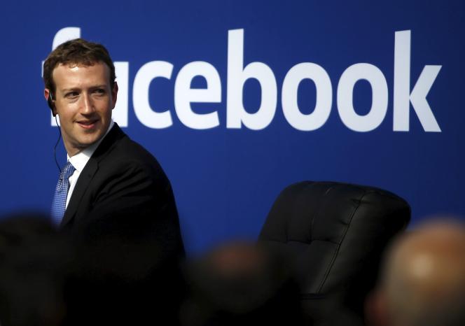 Mark Zuckerberg mise sur le développement de l'accès à Internet pour le plus grand nombre.