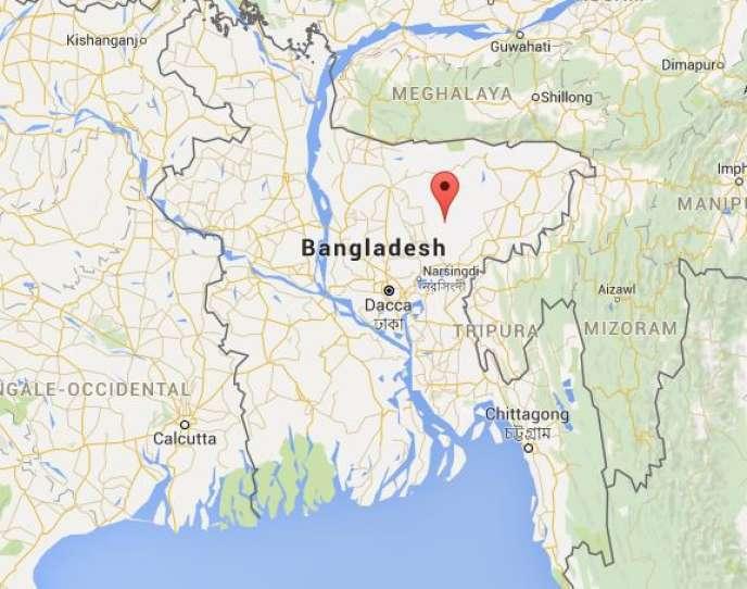 L'explosion est survenue dans une école située près du lieu de prière dans le district de Kishoreganj, au nord du pays.