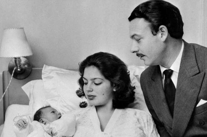 En France, les femmes n'ont majoritairement accouché à l'hôpitalqu'à partir des années 1950.