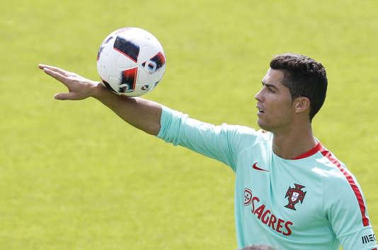 Cristiano Ronaldo, le 7 juillet à Marcoussis, en région parisienne.