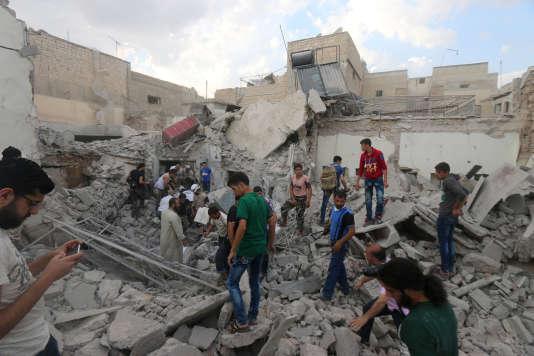 A Alep, dans un quartier bombardé, le 8 juillet.