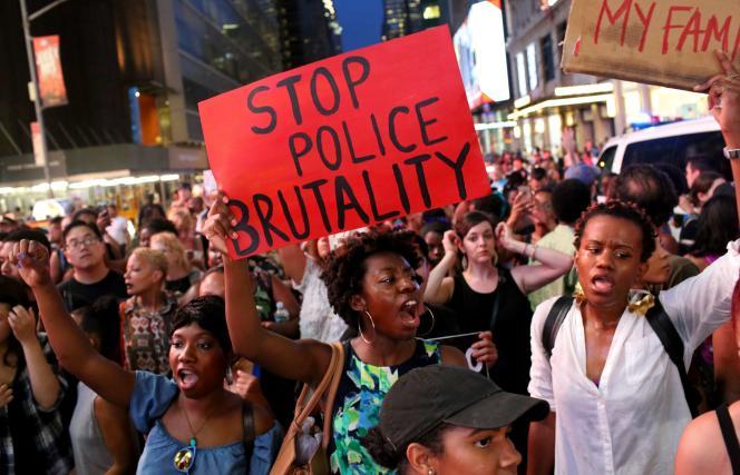 Une manifestation contre les violences policières à New York, le 7 juillet 2016.