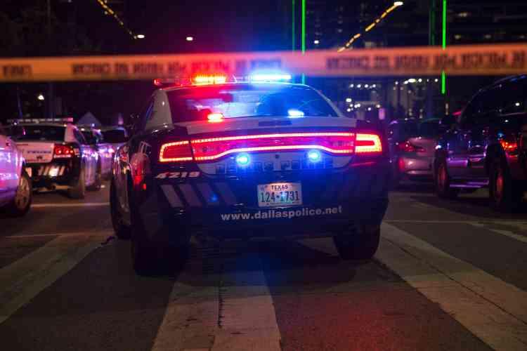 Des tirs ont été échangés avec des membres du SWAT, la force d'intervention de la police états-unienne.