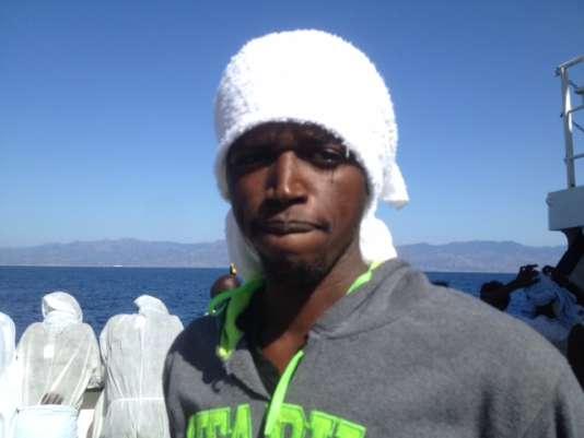 Alladi Fathi, 20 ans, Gambien en route vers l'Europe malgré lui.
