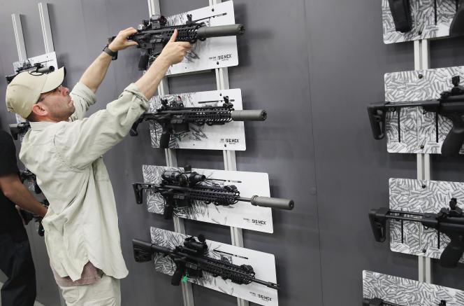Exhibition annuelle de la NRA (National Rifle Association) à Louisville dans le Kentucky, le 21 mai.