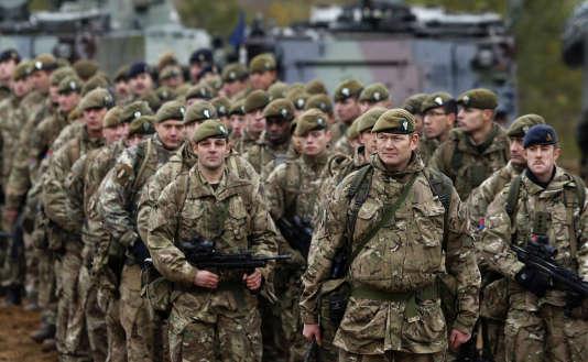 Des troupes britanniques lors d'un exercice militaire de l'OTAN en Lituanie, en novembre 2014.
