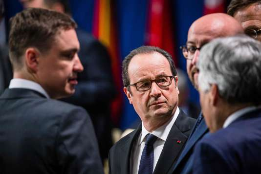 Le président François Hollande, le premier ministre estonien, Taavi Roivas, le premier ministre belge, Charles Michel, au sommet de l'OTAN à Varsovie, le 9 juillet.