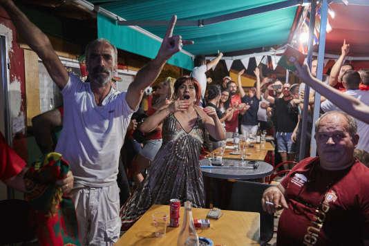 A la Churrasqueira La Grillade à Saint Maur des fossés le 10 juillet 2016 pour la finale de l'Euro 2016.