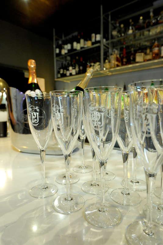 Un raout à Hollywood peut-il décemment se tenir sans champagne de grande cuvée ?