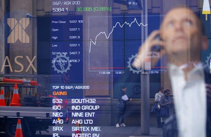Sur les 1600milliards d'euros placés en assurance-vie à fin mai, 80% le sont sur des fonds en euros. Inciter les particuliers à prendre du risque au moment où la Bourse joue au yo-yo ne sera pas chose aisée.