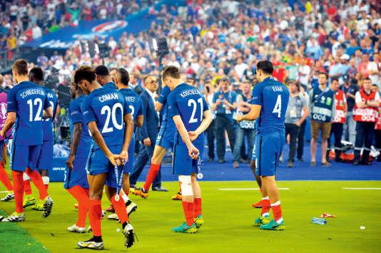 Finalistes malheureux de l'Euro 2016 face au Portugal, les Bleus n'ont pas tout perdu : ils empochent 250 000 euros chacun.