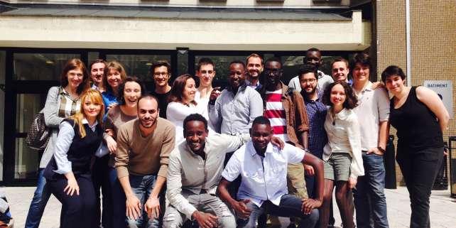 Les réfugiés qui ont étudié au sein de la première promotion de Wintegreat à l'ESCP.