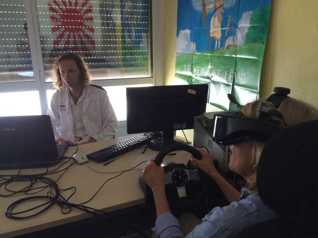 La réalité virtuelle permet au thérapeute d'accompagner ses patients pendant leur exposition.